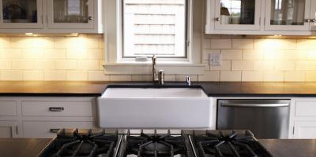 How to Troubleshoot a Whirlpool Cooktop