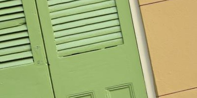 How to Fix Wood Slats on a Door