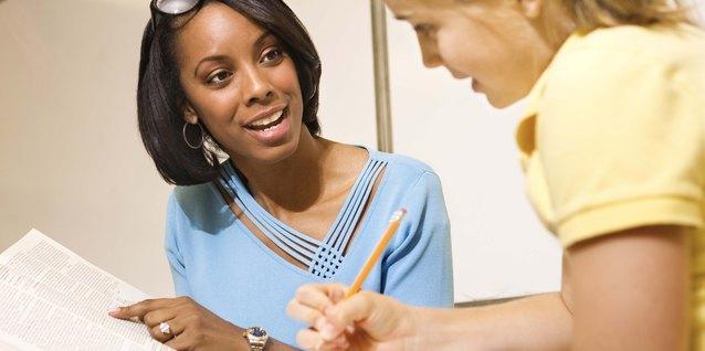 ¿Qué título obtener para ser consejero escolar?