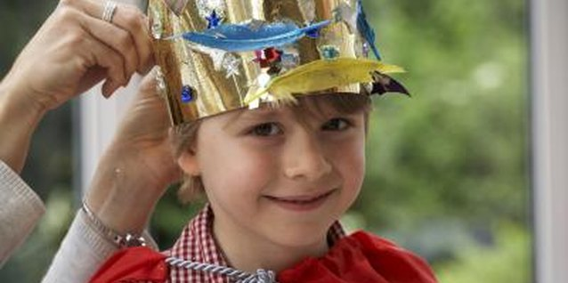 Role playing is a fun way for kids to learn about King Solomon.