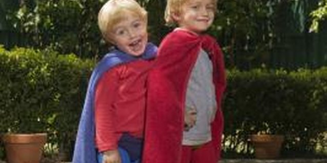 How to Make a Cape for a Toddler