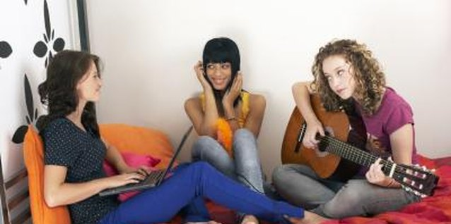 Teens can pick up positive and negative traits from their friends.