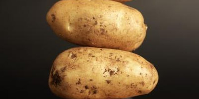 Potato (Solanum tuberosum) cloning has been around for generations.