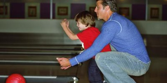 How about a few special warm up games with dad before the party begins!