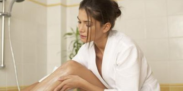 How to Get Rid of Age Spots on Your Legs With Lotion