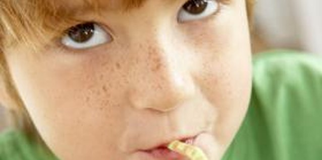 The 10 Worst Things for Kids to Eat