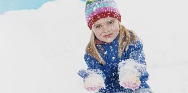 How to Keep Kids From Losing Their Mittens and Gloves