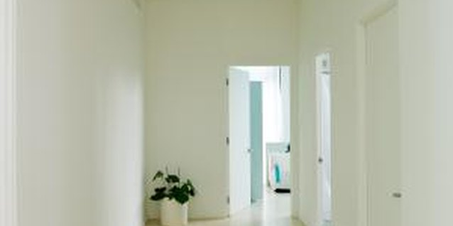 How to Modernize Your Hallway