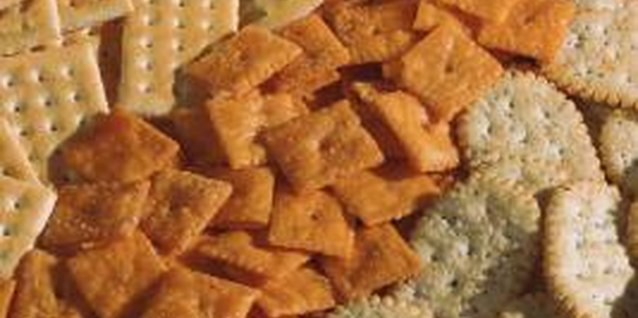 Is It Harmful to Eat Too Many Crackers?