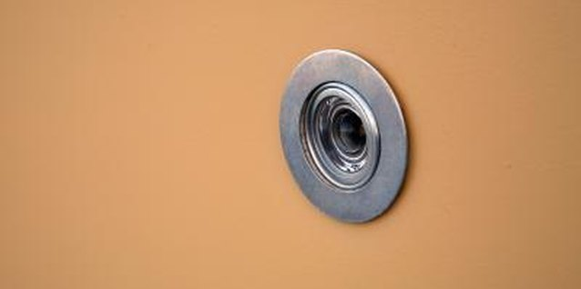 How to Remove a Peephole in the Door