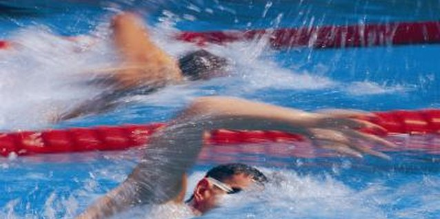 Sprinting helps you train for distance swimming.