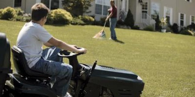 How to Steer a Zero-Turn Mower in a Straight Line