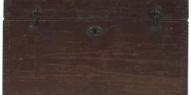 How to Cover Scratches in Dark Pine Furniture