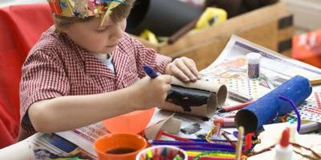 Craft Ideas for Children Between 3 & 4 Years Old