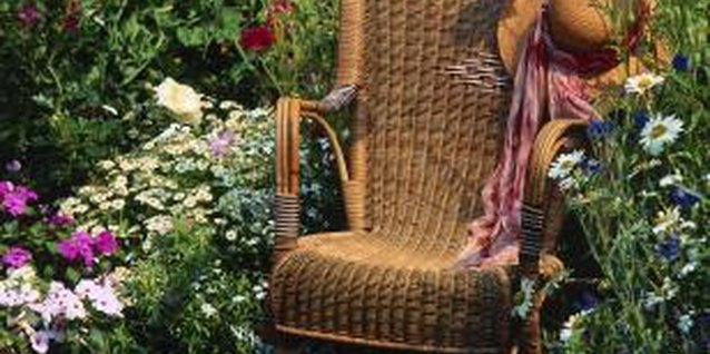 How To Distress Wicker