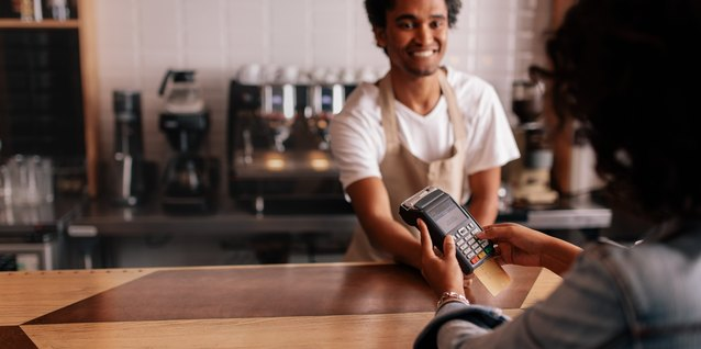 That Makes Cents: What's a Credit Card?