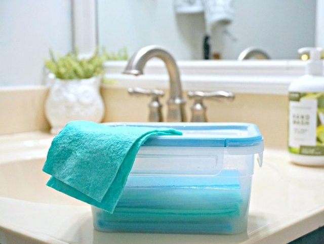 Non-Toxic Reusable Cleaning Wipes