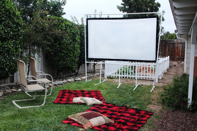 Improvised DIY backyard movie screen