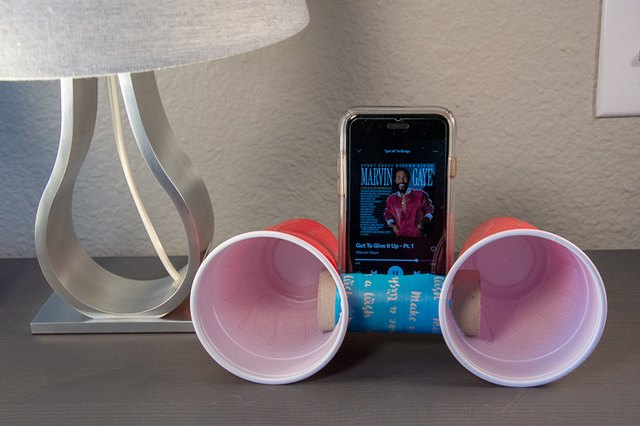 toilet roll iPhone speaker