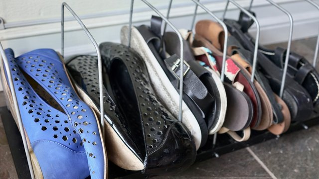 Pan Rack as Flats & Flip Flops Organizer