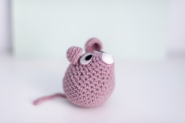 Handmade crocheted mouse (amigurumi)