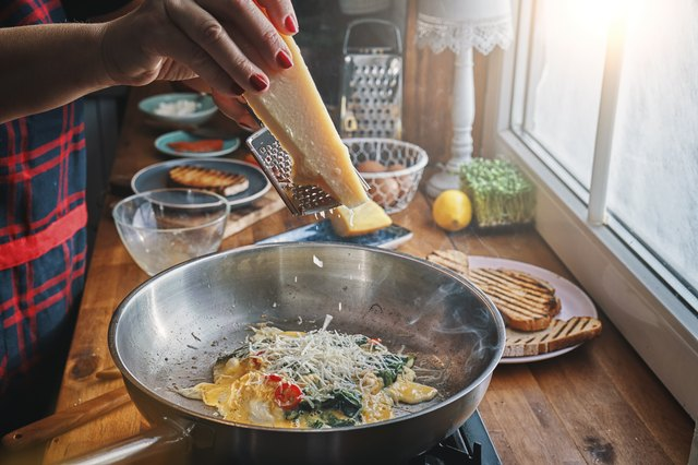 Preparing Spinach Egg Omelet with Chili and Parmesan
