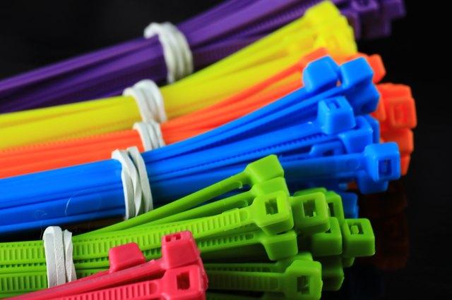 colored zip ties