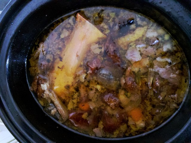Making Beef bone broth