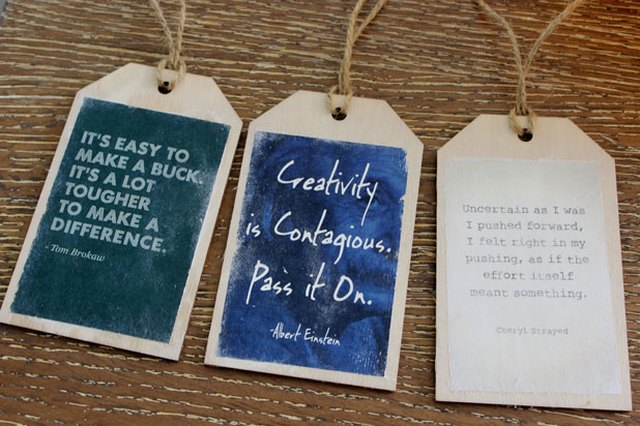 Wood luggage tags with quote printables
