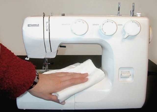 How To Clean A Sewing Machine EHow Mesmerizing Substitute For Sewing Machine Oil