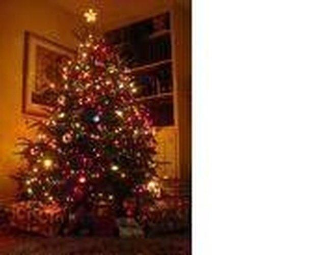 Put Lights On An Artificial Christmas Tree