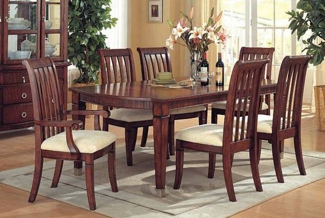 how to clean a wood dining room table ehow rh ehow com