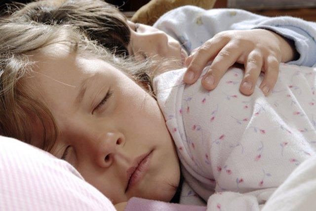 Young little girls sleeping naked pics — img 1