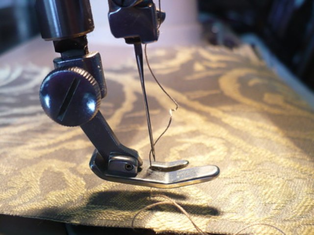 How To Use A Singer Stitch Sew Handheld Portable Sewing Machine EHow Cool How To Use Singer Handheld Sewing Machine