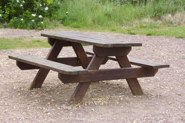 Making Simple Picnic Table Bench Covers Ehow