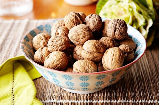 Walnuts in bowl.
