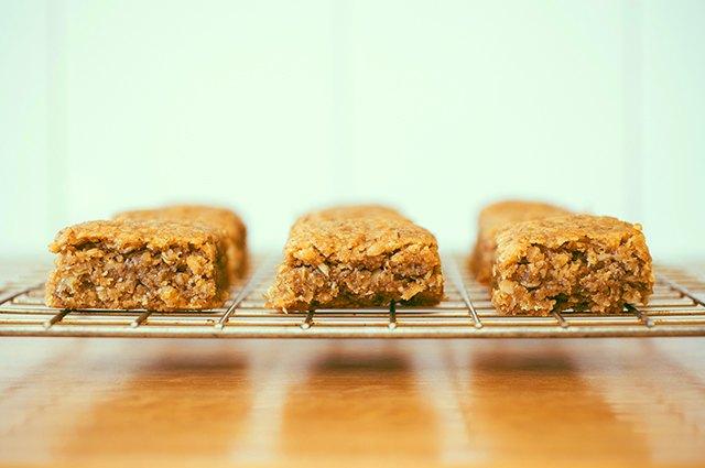 The No-Grain Apricot Energy Bar