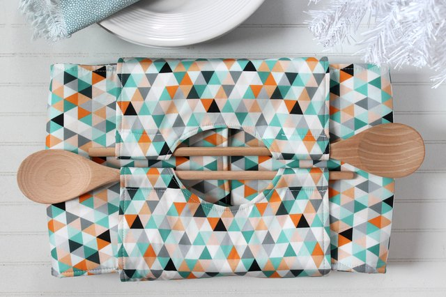 How to Make a Totally Convenient Casserole Carrier | eHow
