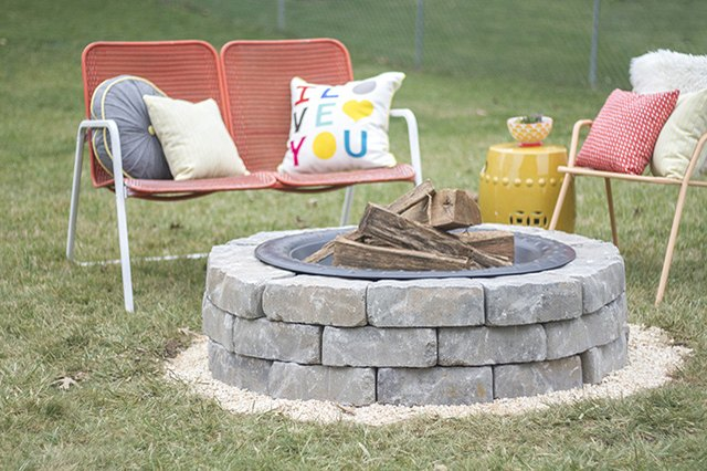 How to build a fire pit with landscape wall stones ehow for Build my own fire pit