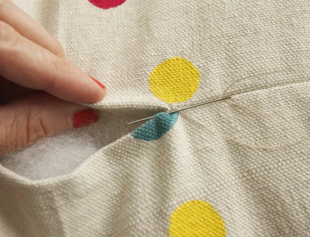 Create a stitch on the opposite side.