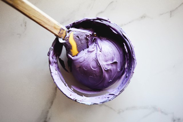 How to Make Purple With Food Coloring (with Pictures) | eHow