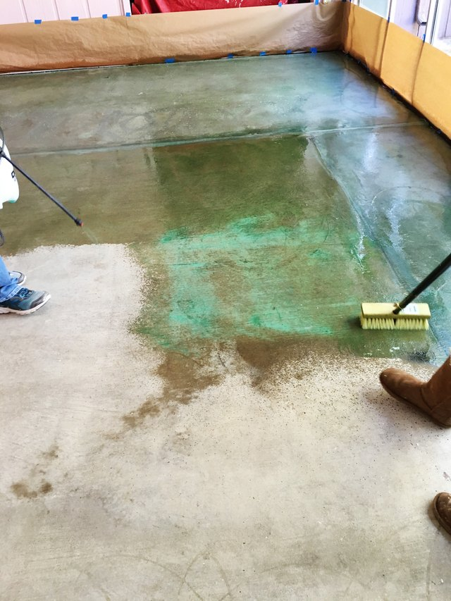 How to acid stain a concrete floor ehow for How to wash cement floor