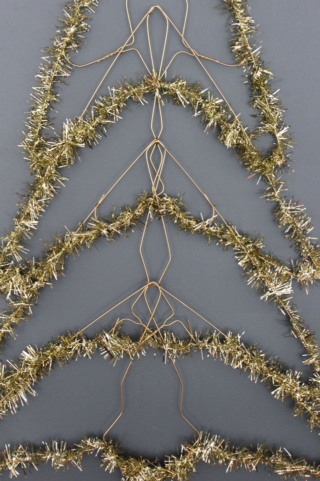 How to Make a Wire Christmas Tree | eHow