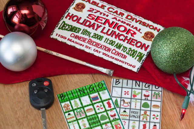 Christmas Activities For Groups Of Seniors At Either A Center Or Nursing Home Will Lift Their Spirits And Build Friendships In Time The Holidays