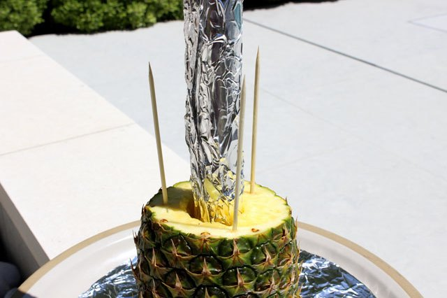 How To Make A Pineapple Palm Tree For A Serving Tray EHow Simple Pineapple Tree Display Stand