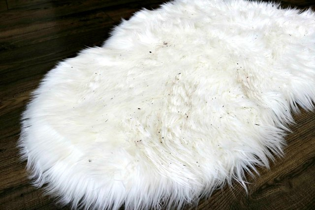 eHow. 715K subscribers. Subscribe · How to Clean a Faux Sheepskin Rug