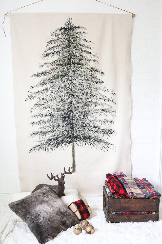 Create A Festive Christmas Tree Wall Hanging Ehow