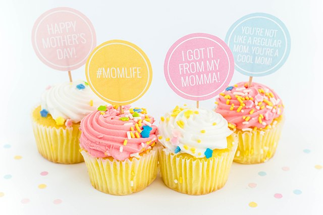 Download and cut out these free printable cake toppers for Mother's Day.