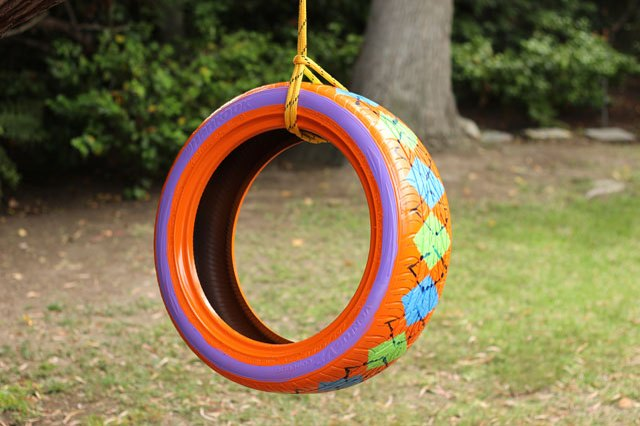 How to paint a rubber tire ehow for Tyre swing ideas