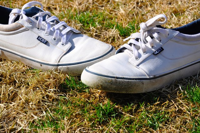 Whether You Get Them Golfing Or Running Through Freshly Cut Grass Stains Are Annoying And Can Seem Like The End Of A Good Pair Shoes